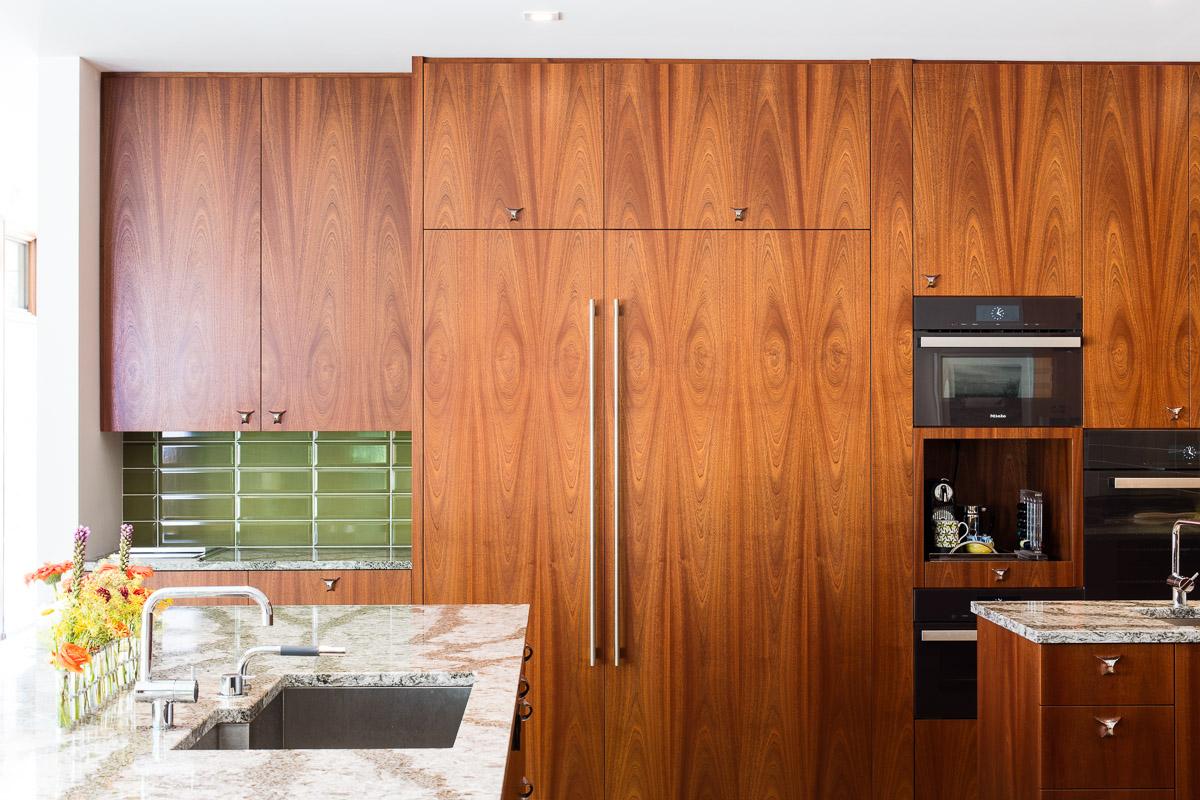 Lucid Architecture mid century modern Kitchen