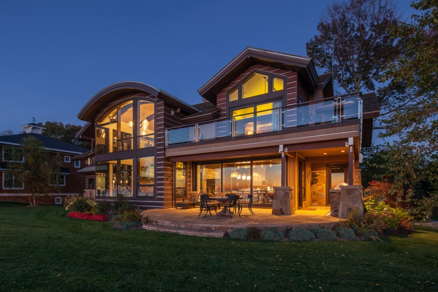 Lucid Architecture's Iwannah residence has a featured modern design.