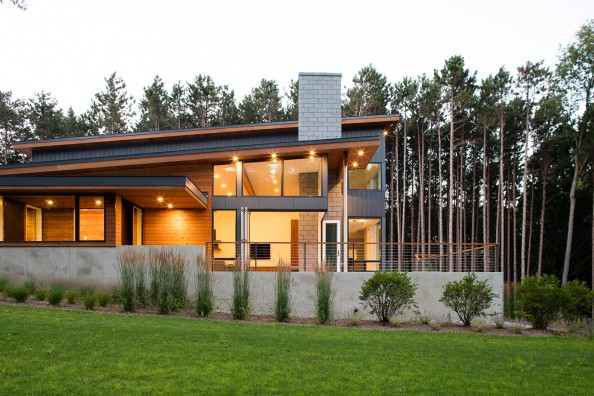 Modern design of the Dogwood residence by Lucid Architecture.